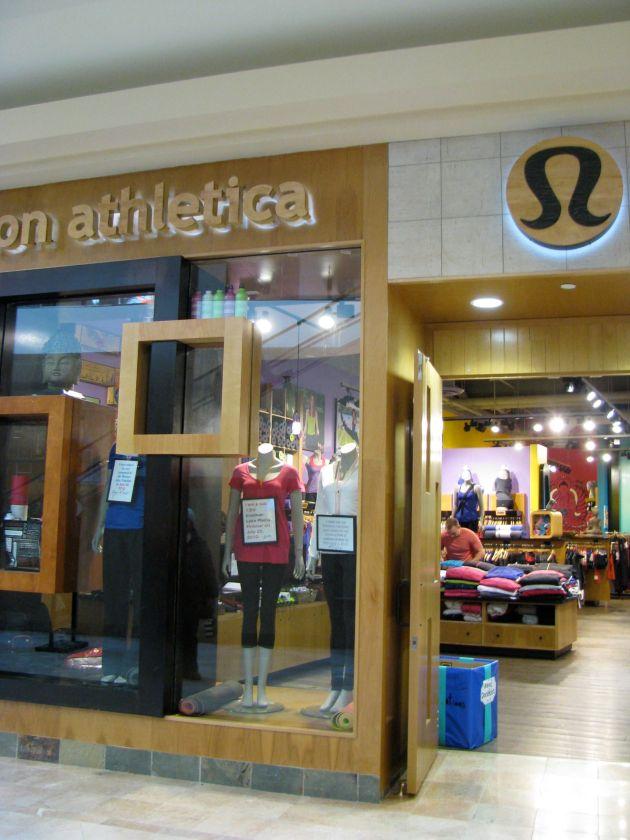 Lululemon Athletica Burlington Mall