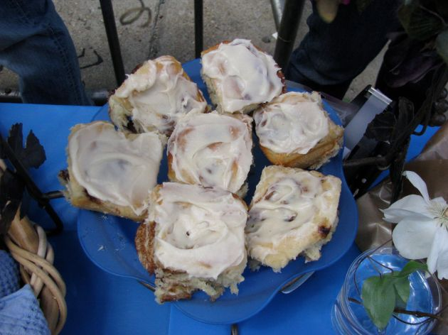 Cinnamon buns from Vegan Yum Yum